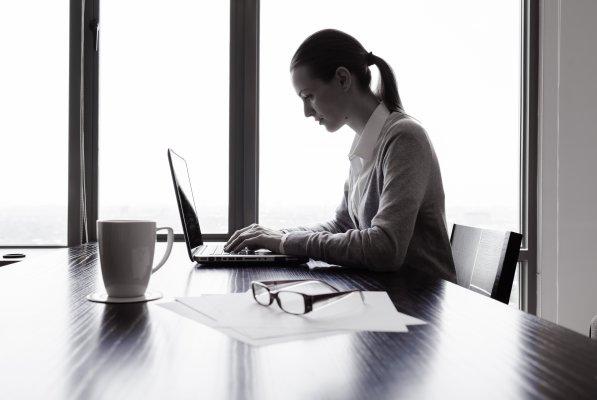 Reconnaissance de la valeur juridique des mails en tant qu'écrit électronique